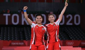 Pebulutangkis ganda putri Indonesia Pasangan Greysia Polii Apriyani Rahayu maju ke babak final