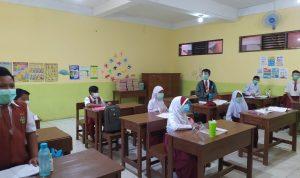 Siswa di Salah Satu Sekolah Tengah Menggelar Simulasi Pembelajaran Tatap Muka Beberapa Waktu Lalu