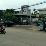 Gerbang 3 PT Kahatex di Jalan Raya Rancaekek-Garut, Kecamatan Cimanggung, Kabupaten Sumedang pada Jumat (23/7). (Yanuar Baswata/Jabar Ekspres)