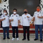 Foto bersama Tim Pokja pembentukan BNN Kabupaten Bandung, Rabu (28/7). (Yully S Yulianty/Jabar Ekspres)