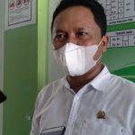 Anggota DPRD Kabupaten Sumedang Dapil 5 Fraksi Golkar, Asep Kurnia di UPTD Puskesmas Sawahdadap, Kecamatan Cimanggung, Kabupaten Sumedang, Rabu (28/7). (Yanuar Baswata/Jabar Ekspres)