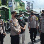 sahabat Polisi menyalurkan Bantuan sembako kepada warga Tasikmalaya