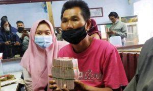 Mang Eman menerima donasi dari warganet sebesar 108 jutta