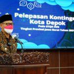 Wakil Wali Kota Depok, Imam Budi Hartono saat melepas kontingen STQH Kota Depok (ist)
