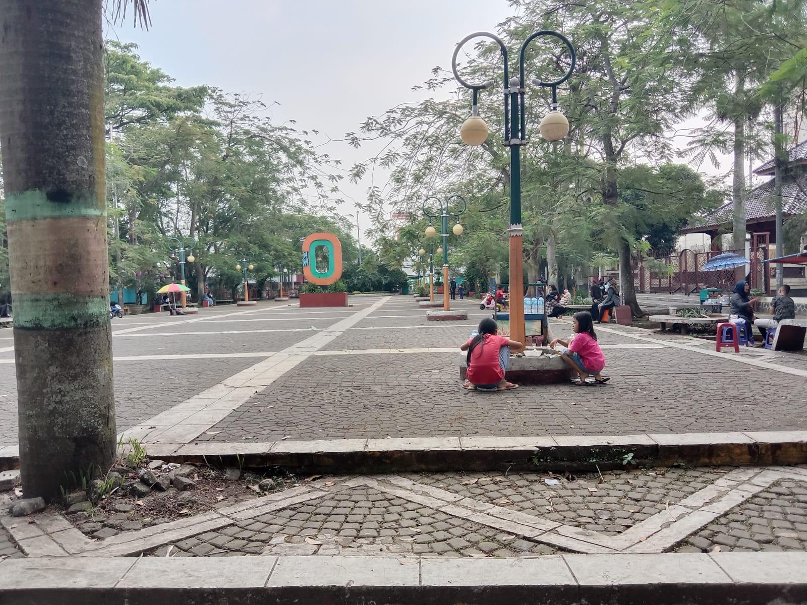 ILUSTRASI/Alun-alun Cimahi.