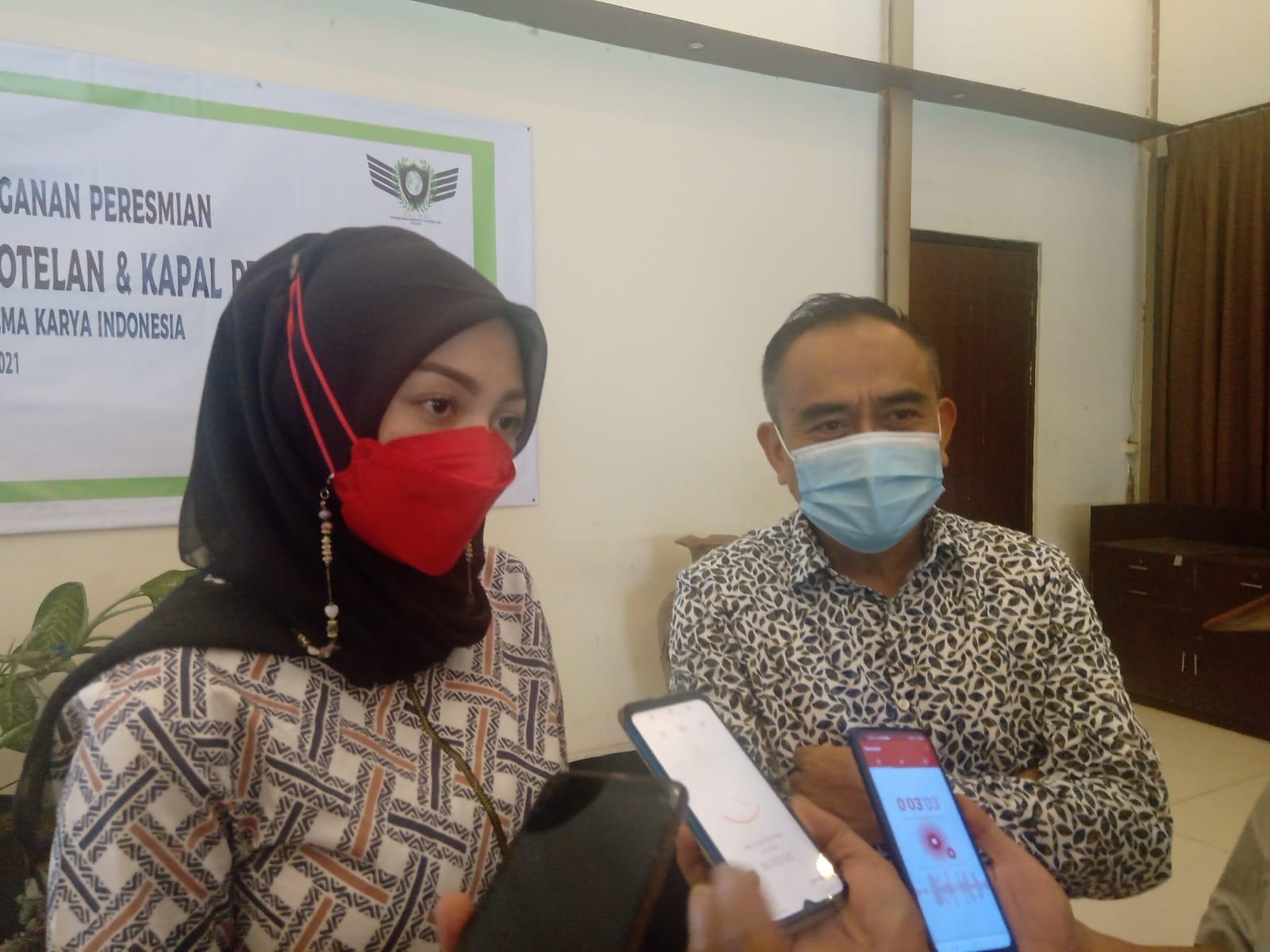 Dirut PT Palma Corporation Karina Puti Ayu (kiri), General Manager Corporate Nanang Dwi (kanan)