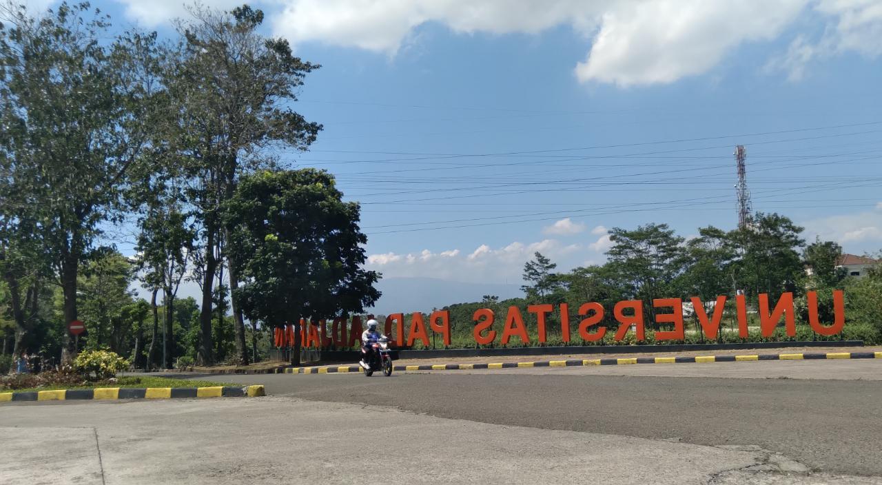 Lingkungan Universitas Panjadjaran (Unpad) pada Jumat (17/9). (Yanuar Baswata)