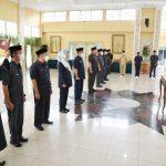 Bupati Bandung Dadang Supriatna merotasi 9 kepala perangkat daerah di lingkungan Pemerintah Kabupaten (Pemkab) Bandung, di Rumah Jabatan Bupati, Soreang, Rabu (22/9).