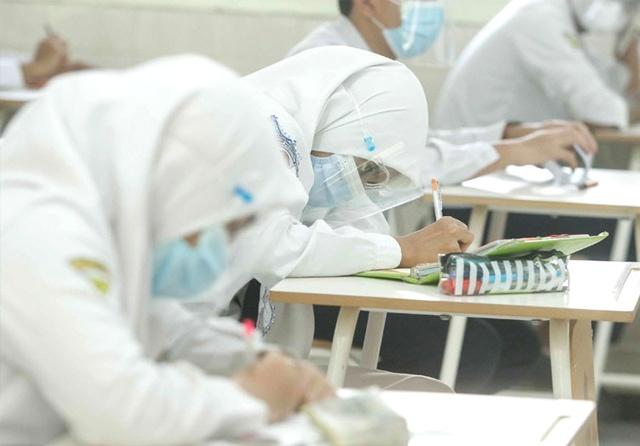 Ilustrasi siswa laksanakan ujian (Alfian Rizal/Jawa Pos)