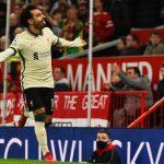 SELEBRASI: Striker andalan Liverpool, Mohamed Salah merayakan gol yang bersarang di jala gawang Manchester United, beberapa waktu lalu. (@LFC/Twitter)