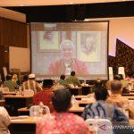Ganjar Pranowo menyapa para peserta Musda DPD Papdesi jawa Tengah secara daring di Semarang, Selasa (25/10/2021) ANTARA/HO-Humas Papdesi