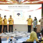 Jajaran pengurus DPP Partai Golkar pada acaraPEndidikan Politik Golkar Institut