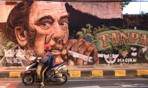ILUSTRASI Mural rokok. (Jawapos)