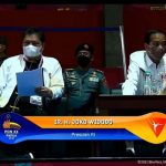 Presiden Joko widodo didampingi Menko Airlangga Hartarto menyaksikan Cabor Final Wushu