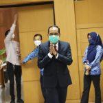 Plt. Wali Kota Cimahi Ngatiyana saat mengunjungi acara Pencanangan dan Rakor Kesatuan Gerak (KESRAK) di Aula Gedung A Pemkot Cimahi, beberapa waktu lalu. (Intan Aida/Jabar Ekspres)