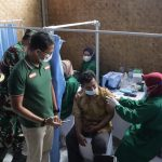 Jabar Quick Response (JQR) bersama PT. Eigerindo MPI dan Korem 061 Surya Kencana menggelar vaksinasi di Desa Sukagalih, Kecamatan Megamendung, Kabupaten Bogor.