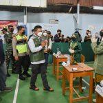 Bupati Bandung Dadang Supriatna memantau pelaksanaan Pemilihan Kepala Desa (Pilkades) Serentak Tahun 2021, Rabu (20/10).