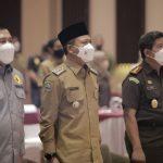 Bupati Bandung, Dadang Supriatna menghadiri Seminar Anti Pungutan Liar di Grand Sunshine Resort and Convention, Soreang, Selasa (26/10).