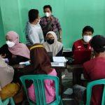 Pemkab Cianjur, Jawa Barat, melibatkan berbagai kalangan termasuk organisasi masyarakat dalam mencapai target vaksinasi terhadap 1,9 juta penerima di Cianjur. ANTARA/Ahmad Fikri)